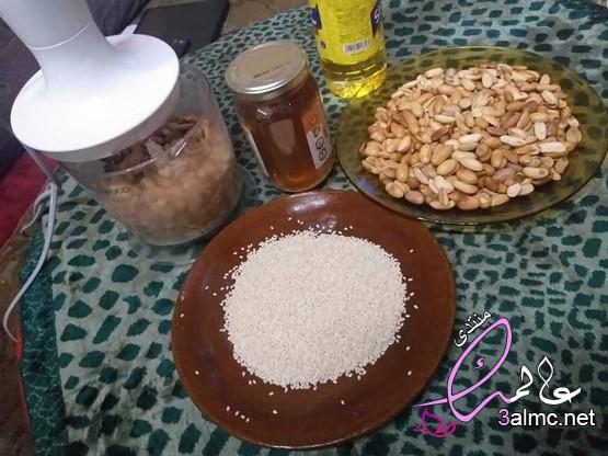 مكونات زبدة الفول السوداني فول سوداني مطحون،طريقة عمل زبدة الفول السوداني