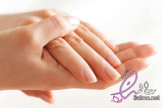 كيفية ترطيب اليدين,العناية باليدين الجافة وتبيضها,طريقة ترطيب اليدين,ترطيب اليدين,فوائد ترطيب اليدين