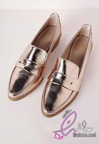 أحذية باللون الفضي موضة صيف2020لاطلالة جريئة ومختلفة,الميتاليك موضة أحذية