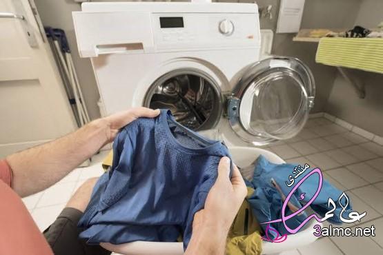 أفضل طريقة لغسل الجينز والملابس الغامقة