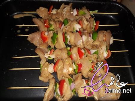 طريقة تحضير سيخ شاورما الدجاج,تتبيلة شيش طاووق مثل المطاعم, طريقة عمل العيش الصاج السورى بالصور